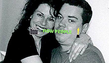 Zoya Golubeva Wiki (namorada de Mike Smith) Idade, biografia, altura, peso, família, assuntos e fatos